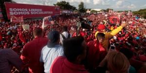chavez-caravana-barquisimeto-lara-14jul201219