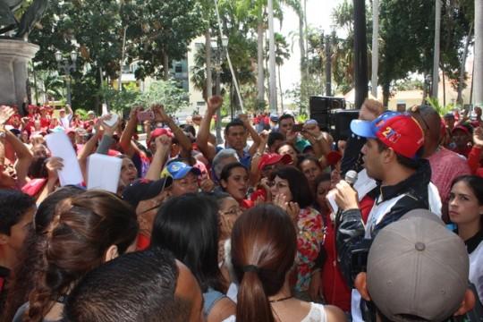 """""""Todo nuestro apoyo al presidente Nicolás Maduro"""""""