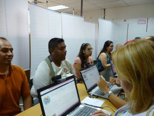 Periodistas larenses de medios regionales e internacionales recibieron su carnet